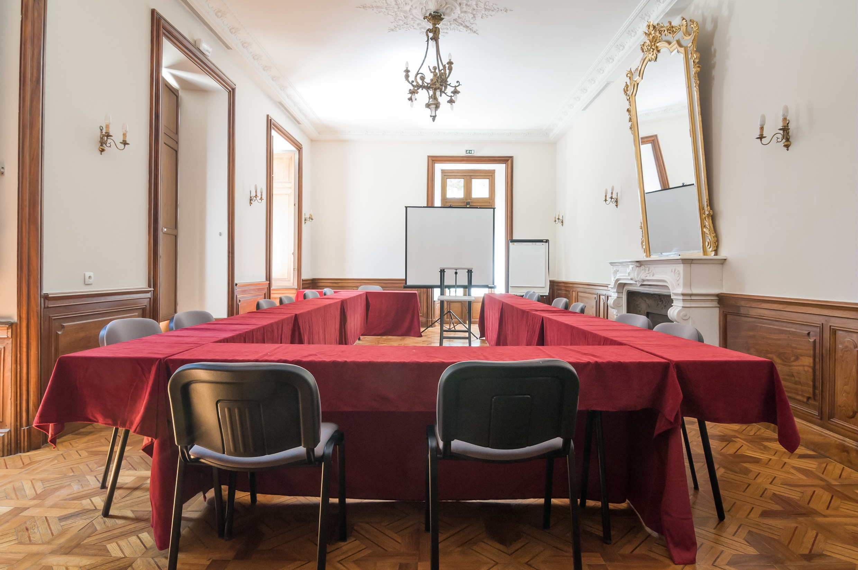 Salle de réunion originale